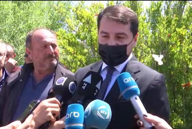 """Hikmət Hacıyev: """"Ermənistan mina xəritələrini təhvil verməlidir"""""""